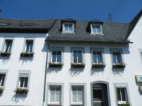 Aangeboden manderscheid eifel hotel restaurant pension for Design hotel eifel euskirchen germany