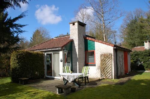 Vakantiehuisje kopen in gelderland nederland for Opknap boerderij te koop gelderland