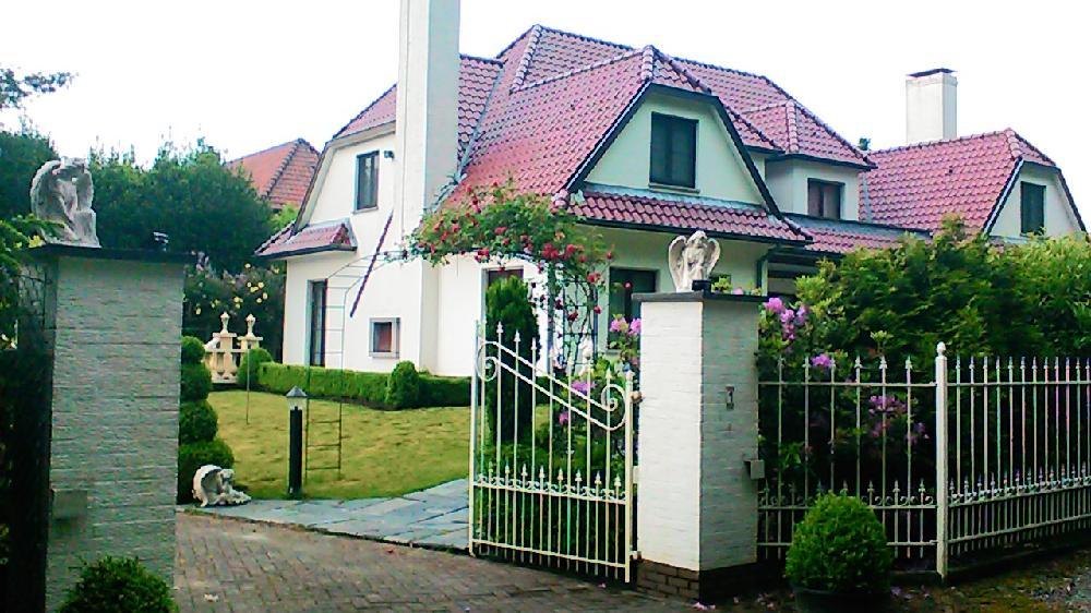 Huis kopen in belgi for Luxe villa te koop oost vlaanderen