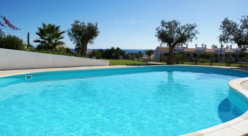 Two Bedroom Modern Apartment Seaviews Porches Algarve